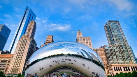 Cloud Gate sculpture in Chicago, Illinois