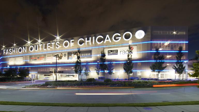 Outside The Fashion Outlets Of Chicago Conveniently Located Close To Downtown