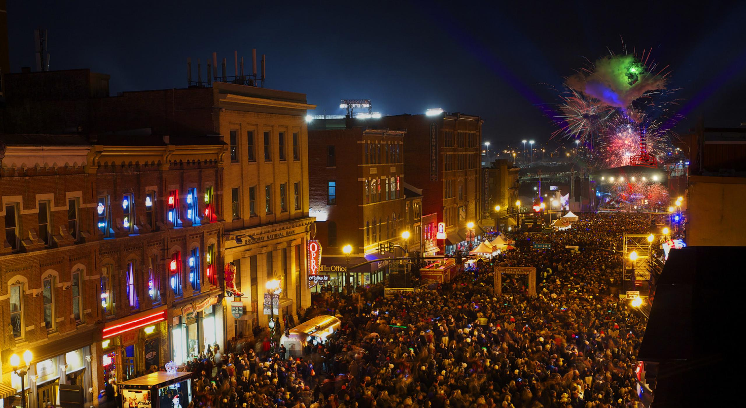 9 New Year S Eve Parties In The Usa
