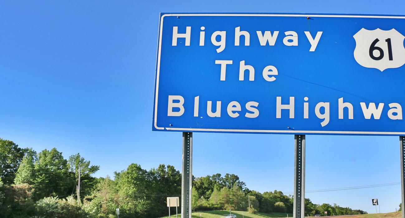 90495b68c866 Road sign welcoming motorists to the Blues Highway