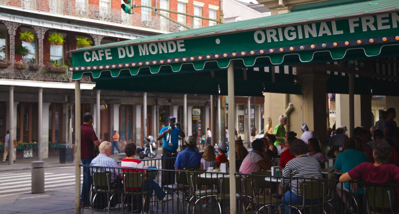 Louisiana New Orleans Dining And Ping In The French Quarter