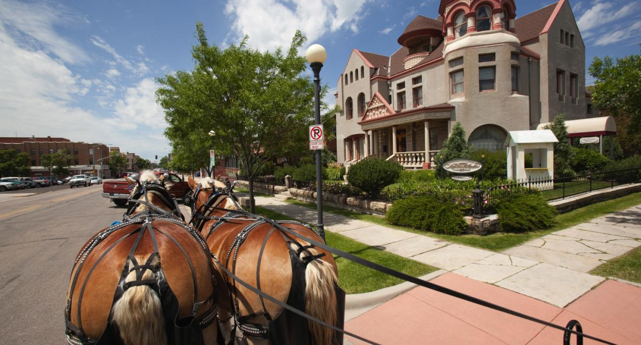 cheyenne wyoming old west character in the capital city. Black Bedroom Furniture Sets. Home Design Ideas