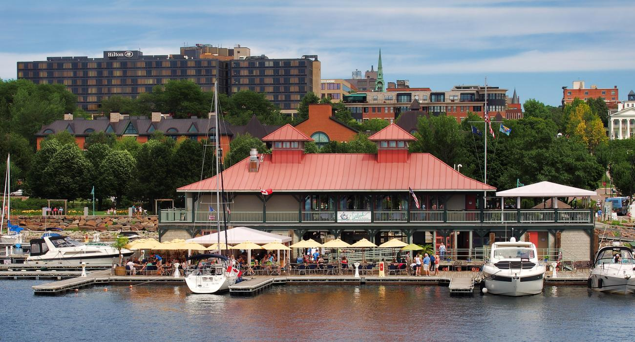 Dining Along The Downtown Waterfront
