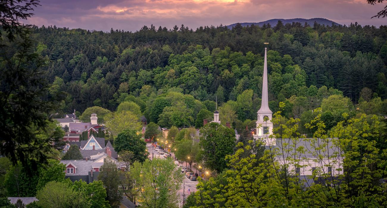 Stowe, Vermont: Resort, Skiing, Fall Foliage and Attractions