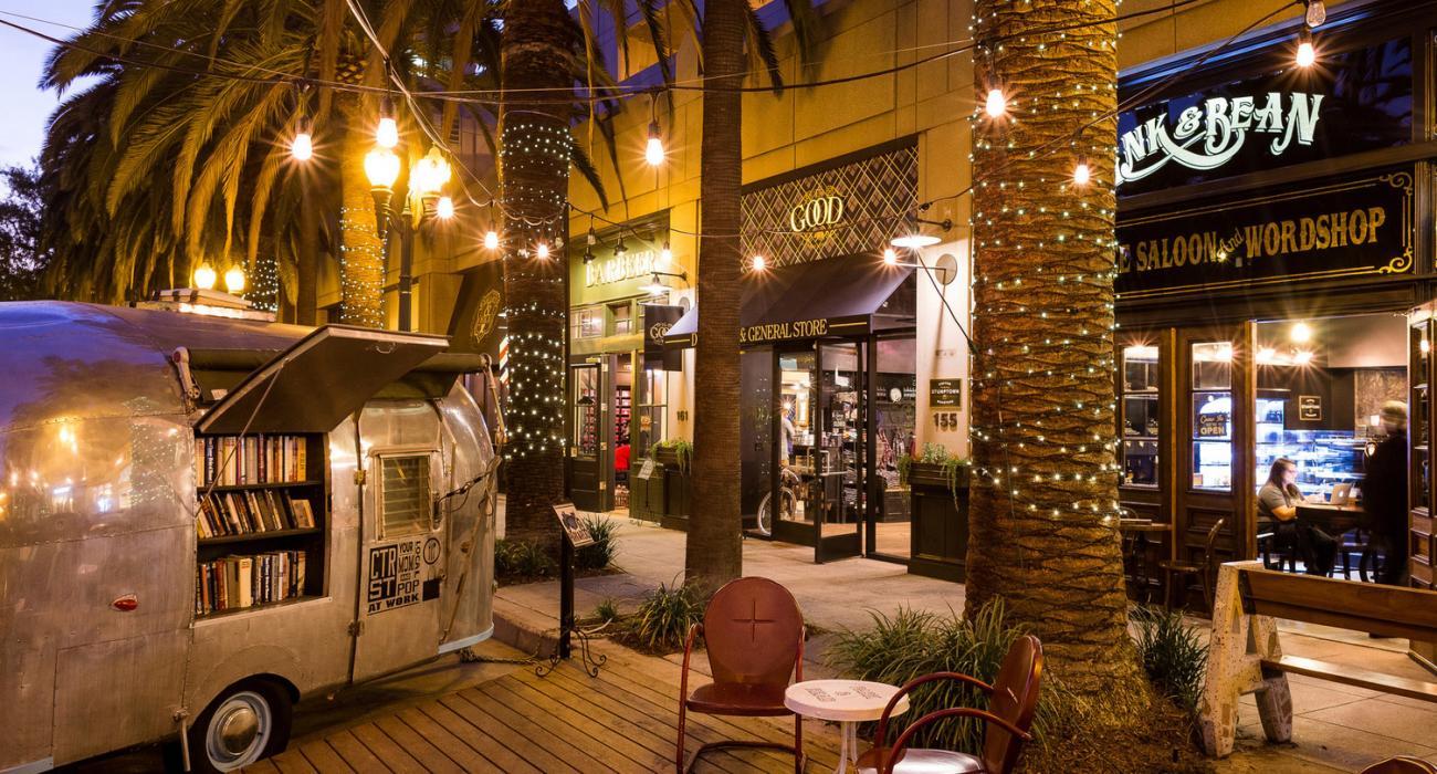 Restaurants In Garden Walk Anaheim: Anaheim, California: Gateway To Theme Parks, Sports And