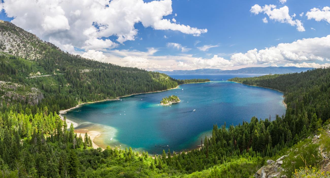 Lake tahoe california dazzling lake and endless recreation for Cabina lago north carolina