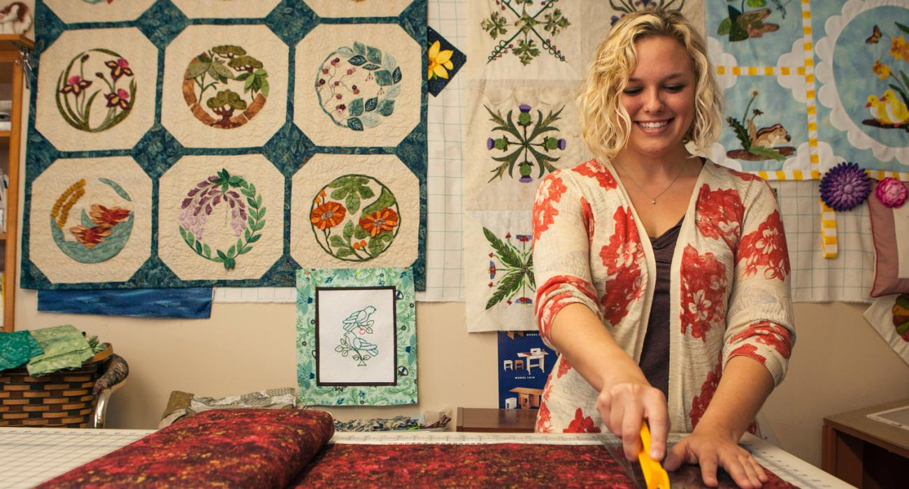 Kentucky traditions international arts and crafts hub for International arts and crafts